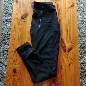 Pants - Lululemon pants - size 4 - EUC